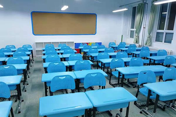学生课桌椅的组装方法