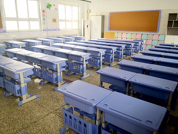 案例|睿学卓艺课桌椅与育才小学一起为复学作准备