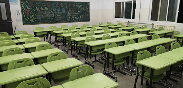 使用升降课桌椅什么好处?